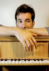 Un piano dans la cour - Un hiver à Majorque