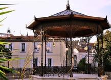 Square place des Martyrs - Salon-de-Provence