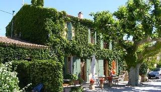 Camping Les biens neufs - Salon-de-Provence