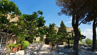 La table de l'Abbaye de Sainte Croix - Salon-de-Provence